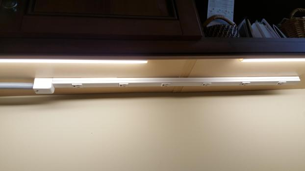 Under Cabinet Plug Mold Lighting
